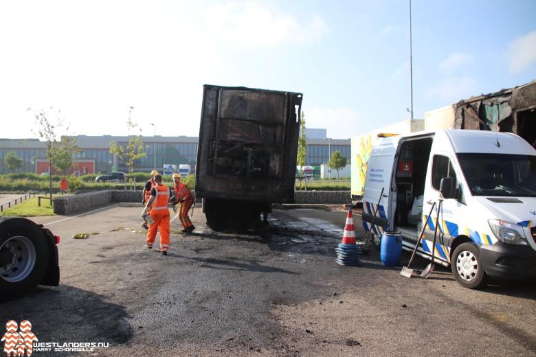 Vrachtwagenbrand bij Royal FloraHolland; de dag erna