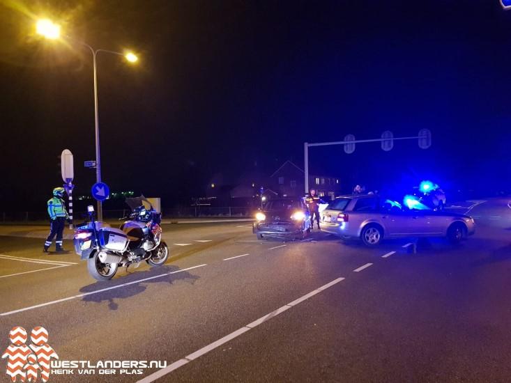 Ongeluk Middel Broekweg na rijden door rood licht