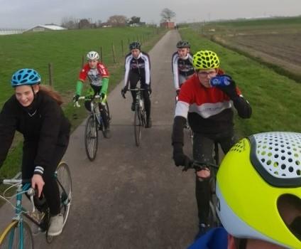 Goede doelen fietstocht Stichting On Wheels
