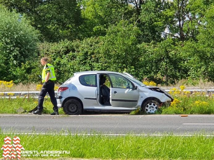 Vrouw gewond na ongeluk A20
