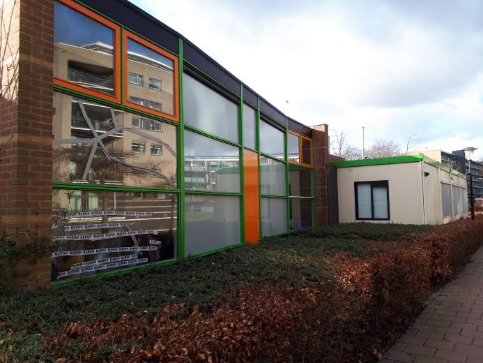 Ruiten ingegooid bij basisscholen in Maassluis
