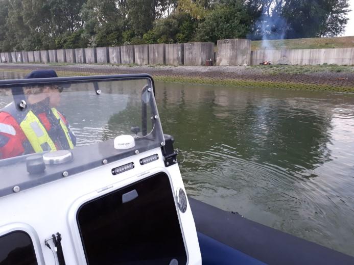 Zeehavenpolitie betrapt jongeren op samenscholing