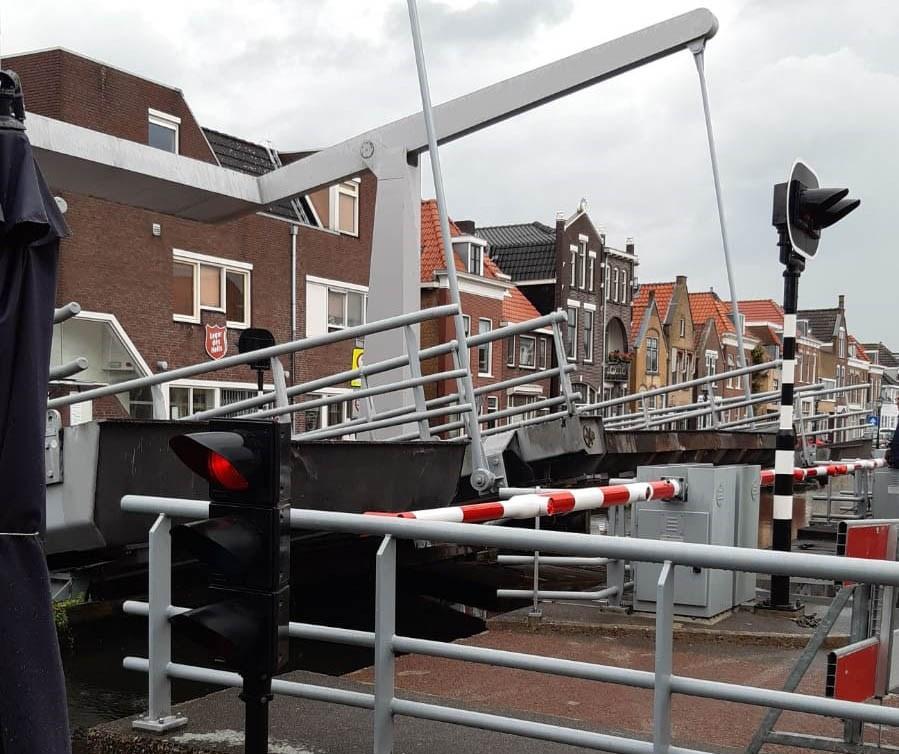 Lijndraaiersbrug vanaf zondag weer geopend voor vaarverkeer