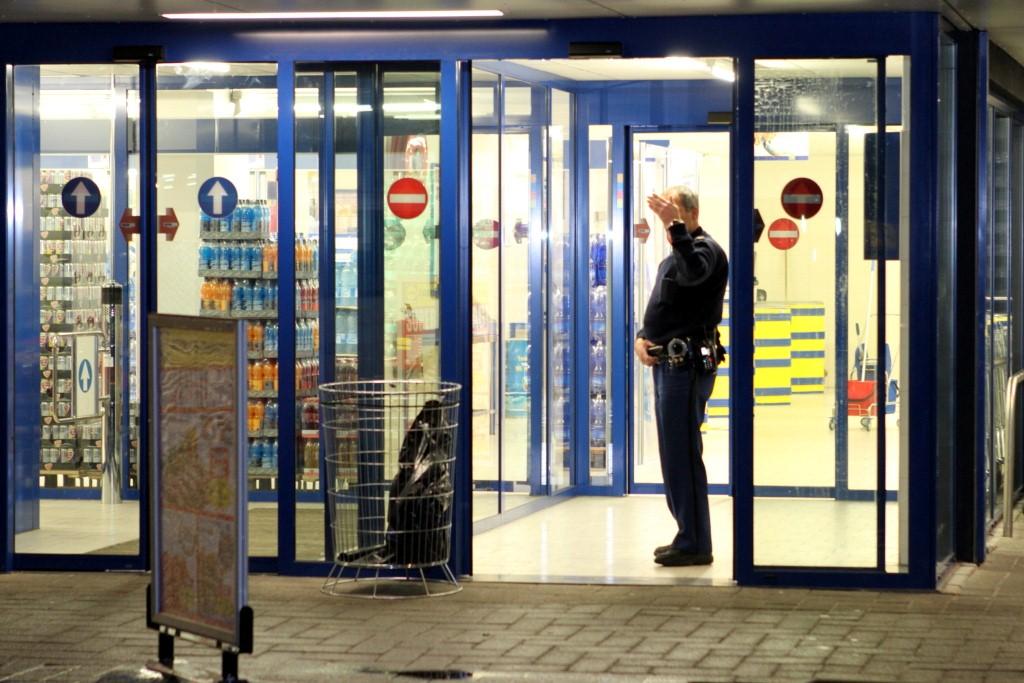 Politie onderzoekt overval supermarkt Maassluis