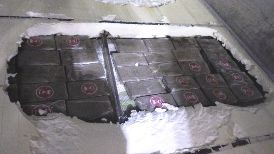 Douane vindt cocaïne in bodem zeecontainer