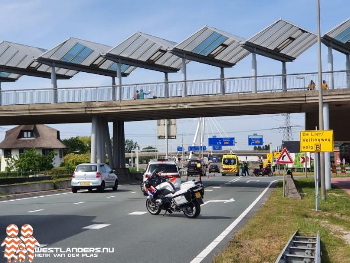 Vrouw gewond na motorongeluk Burgemeester Elsenweg