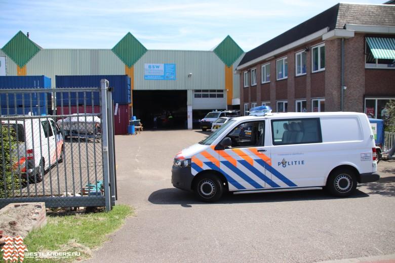 Politie doet instap bij bedrijfspand Zwartendijk