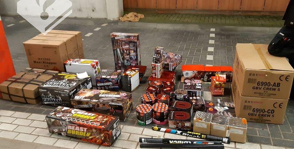 Partij vuurwerk in beslag genomen in Poeldijk