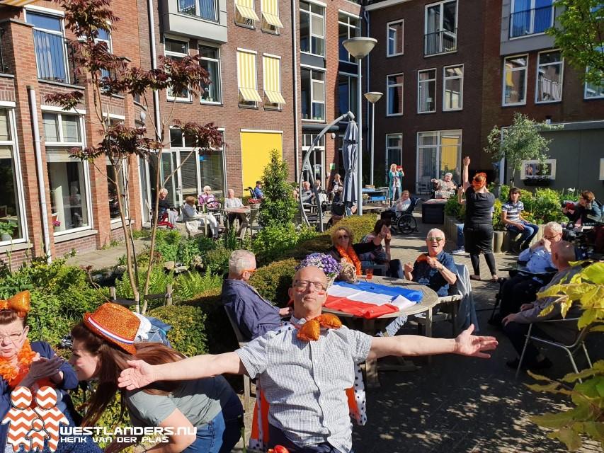 Feestje voor bewoners Terwebloem Poeldijk