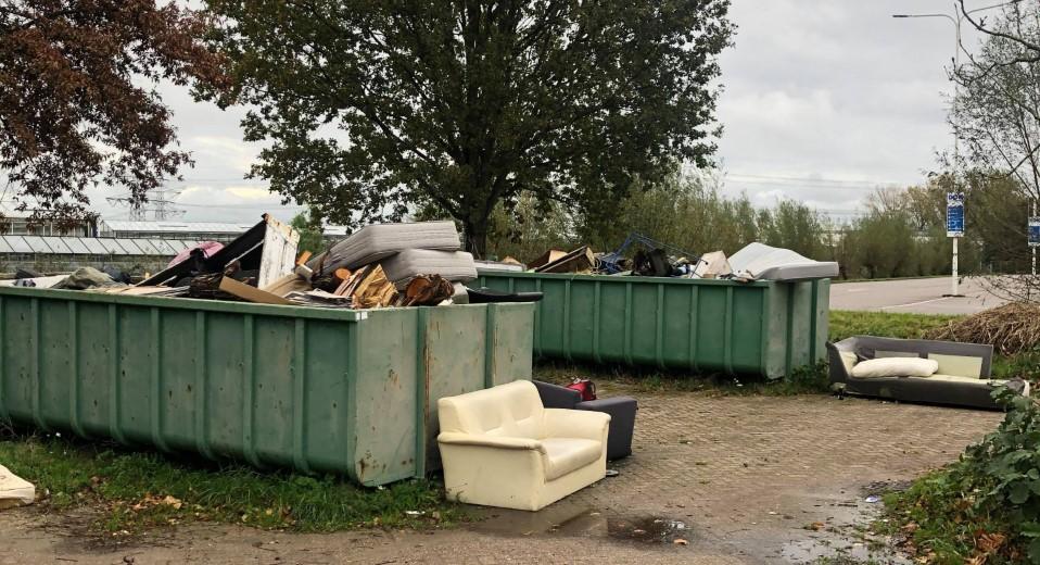 Collegevragen inzake overlast containers Hoge Bomen