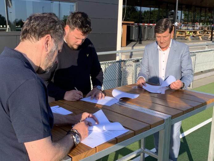 Mathieu de Jong verlengt met 3 jaar bij HV Westland