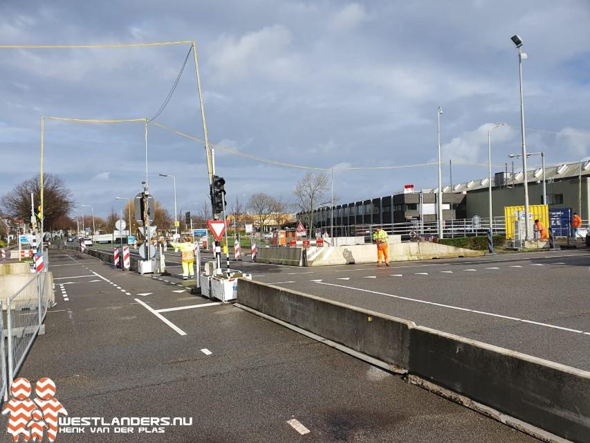Nieuwe verkeerssituatie op kruising Dijkweg/N213