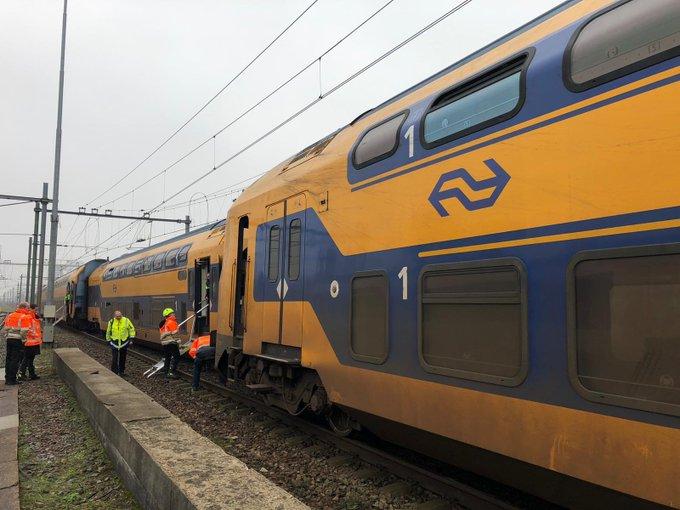 Treinstel ontspoord bij Den Haag Centraal