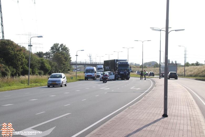 Ongeluk met 3 voertuigen op de Wippolderlaan
