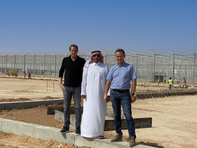 Duurzaam groente telen onder 80 hectare glas in de woestijn van Saoedi-Arabië