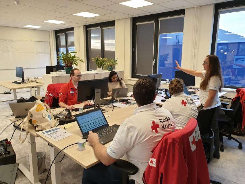 Rode Kruis-vrijwilligers gezocht voor hulpverlening in Den Haag