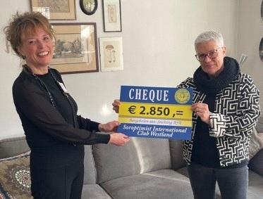 Soroptimist Club Westland doneert € 2.850,00 aan Stichting AYA
