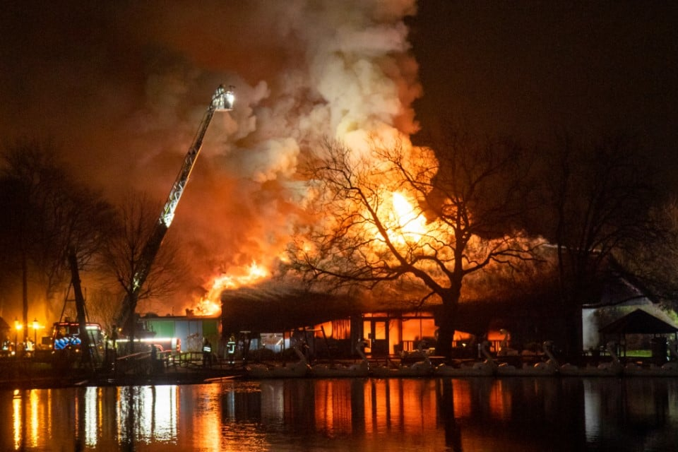 Tweede verdachte aangehouden voor brand Plaswijckpark