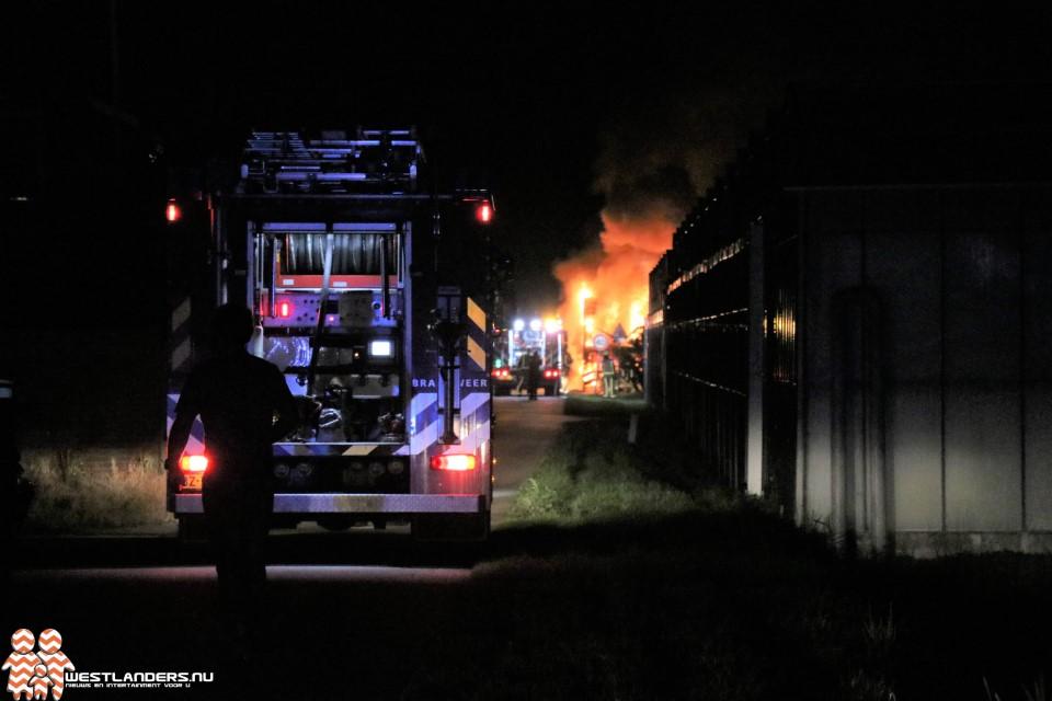 Vrachtwagenbrand aan de Aaksterlaan