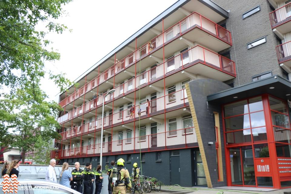 Binnenbrand bij woning in Lenteblok