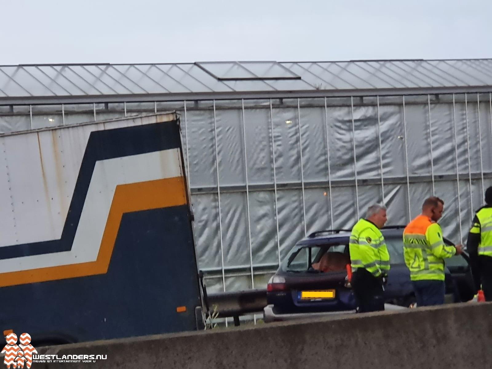 Verkeer op A20 gestremd na ongeluk