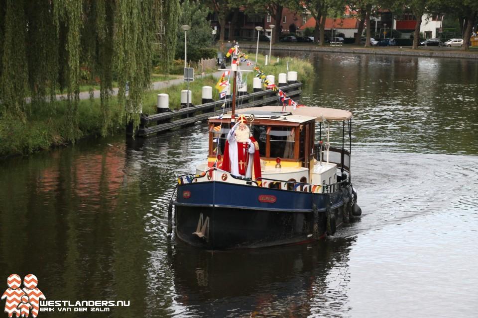 Bliksembezoek sinterklaas in Delft