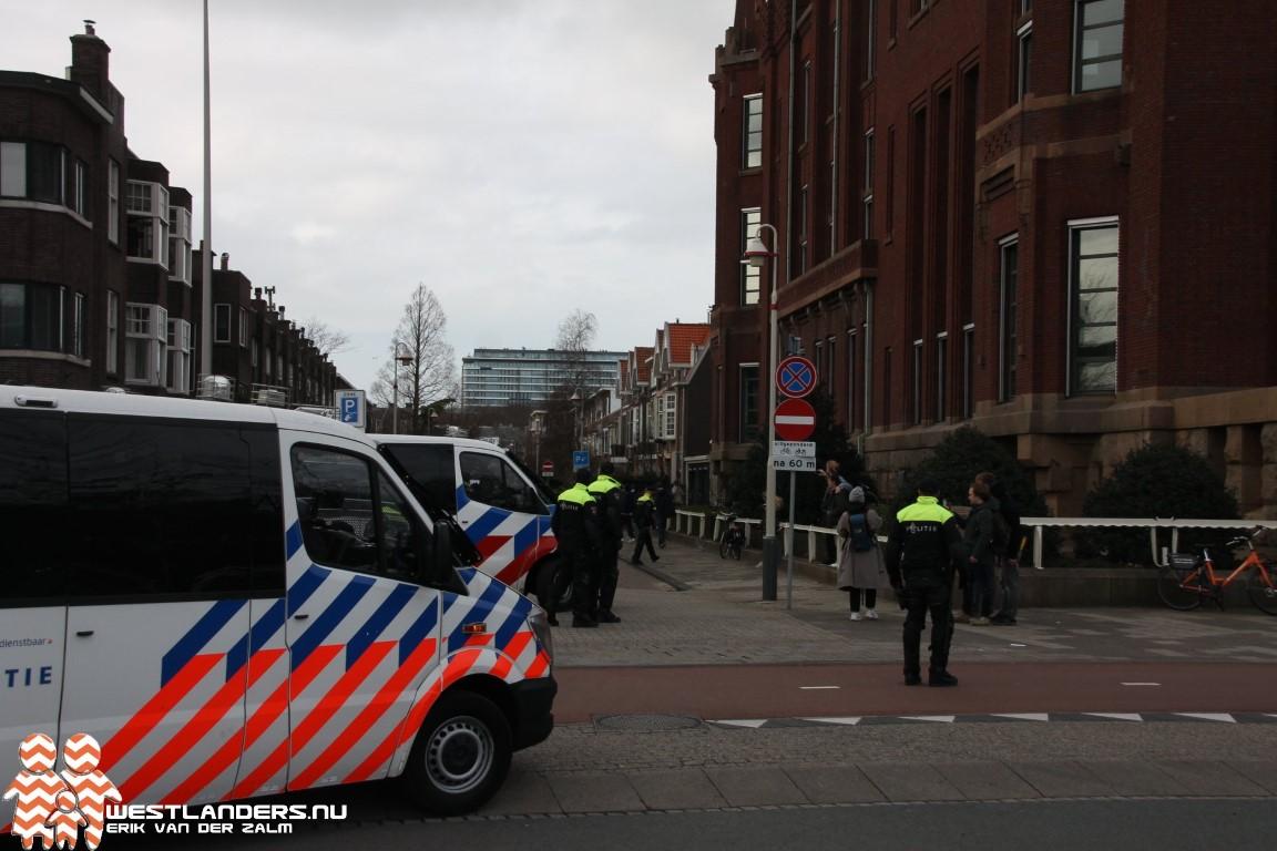 Verbindende rol politie onder druk