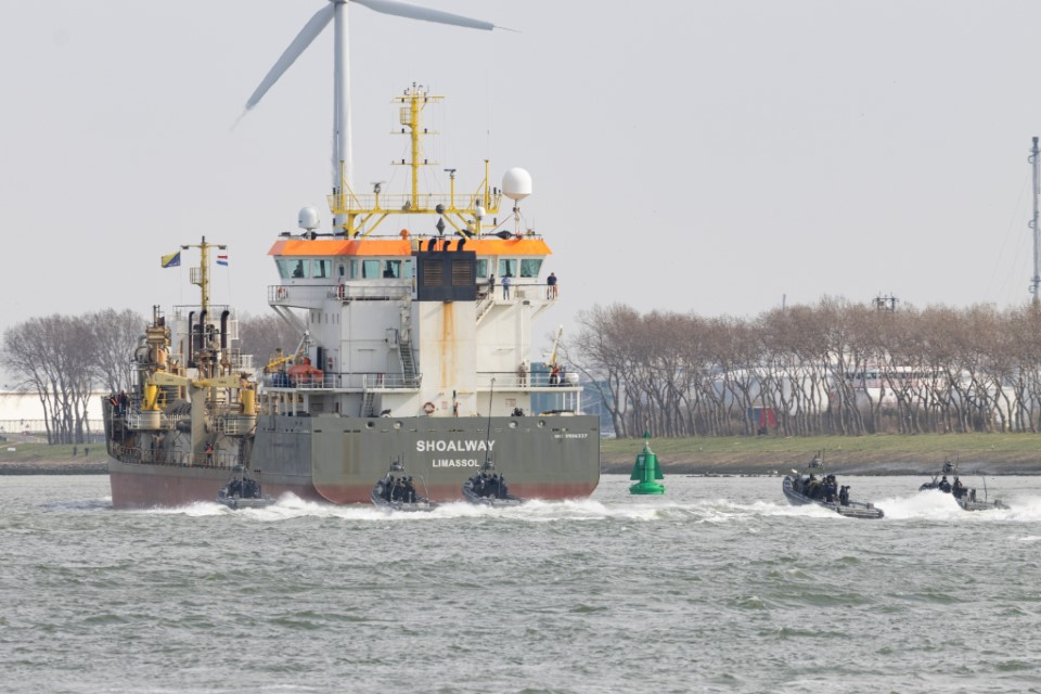 Defensie houdt grote oefening in havengebied
