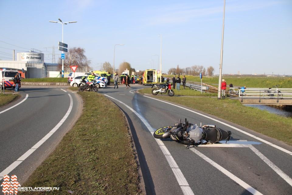 Politie zoekt getuigen van dodelijk motorongeluk Westlandroute