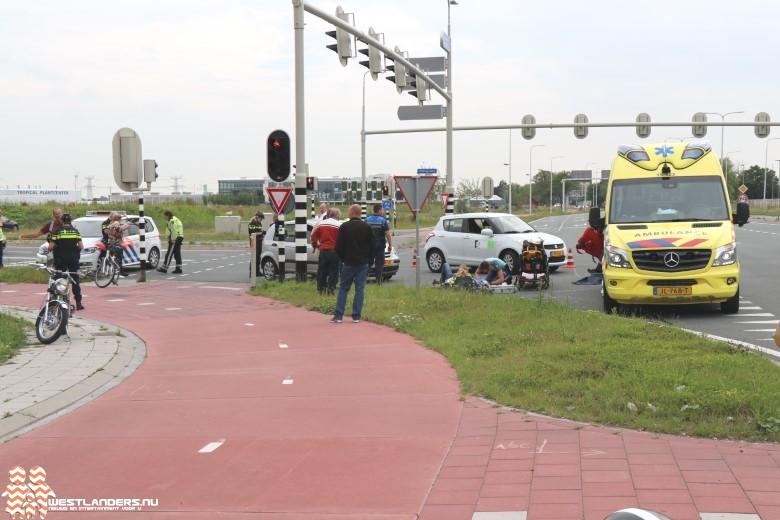Bromfietser ernstig gewond na ongeluk Middel Broekweg