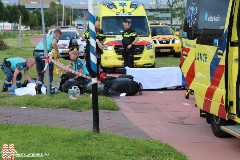 Twee gewonden bij scooterongeluk Middel Broekweg