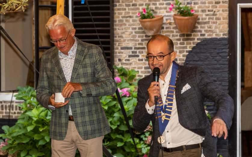 Rolf de Bakker nieuwe voorzitter Rotary Maassluis/Maasland