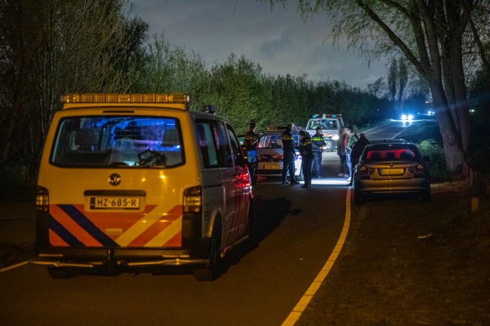 Politie beëindigt nachtfeest bij Schenkeldijk