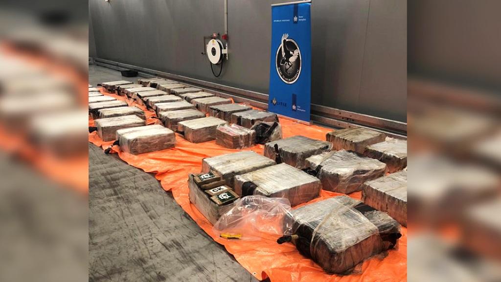 Zeven aanhoudingen bij meerdere cocaïnevangsten in de haven
