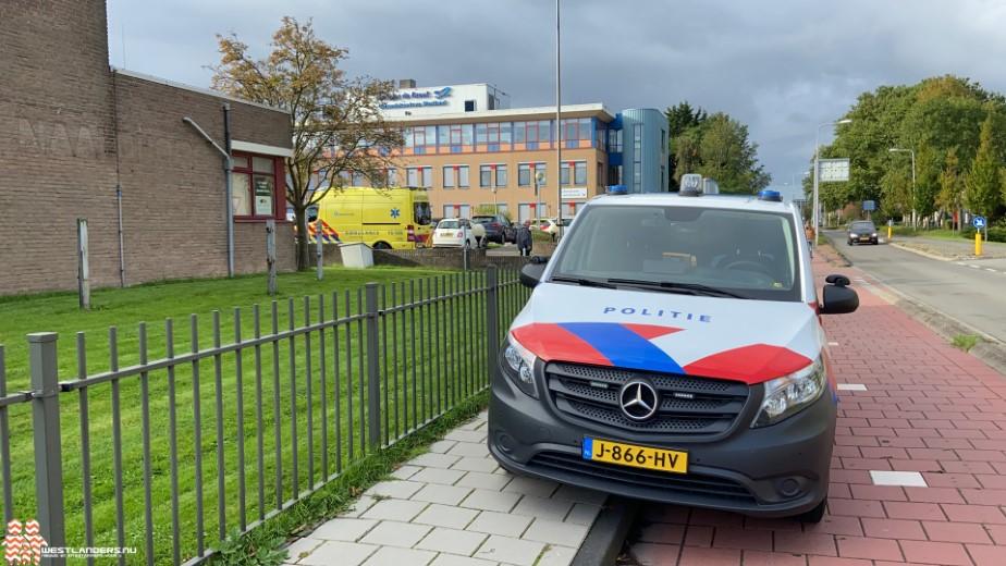 Ongeluk bij inrit behandelcentrum