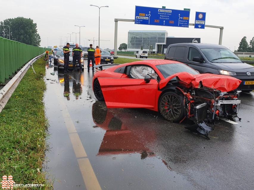 Sportwagen total loss na ongeluk N213