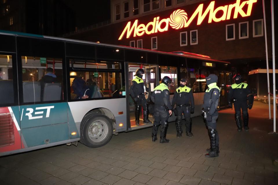 Bureau Rijnmond in teken van Rotterdamse ongeregeldheden