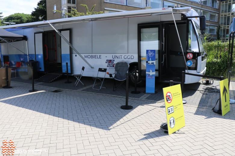 Mobiele vaccinatie unit in Naaldwijk week langer