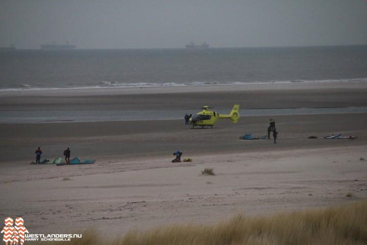 Beelden zwaar ongeluk met kitesurfer Zandmotor