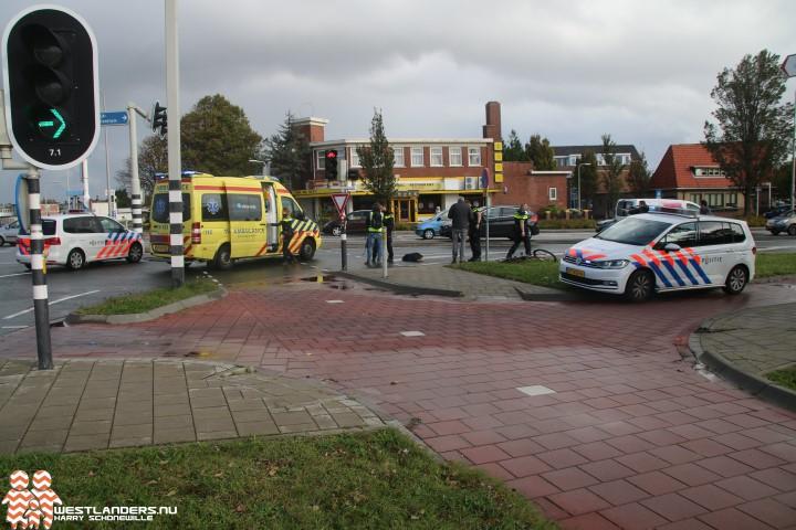 Fietser gewond na ongeluk Nieuweweg