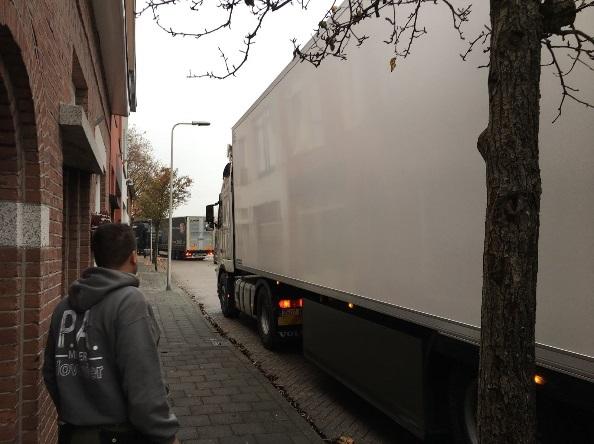 Omleidingsroutes moeten vrachtverkeer uit Poeldijk weren