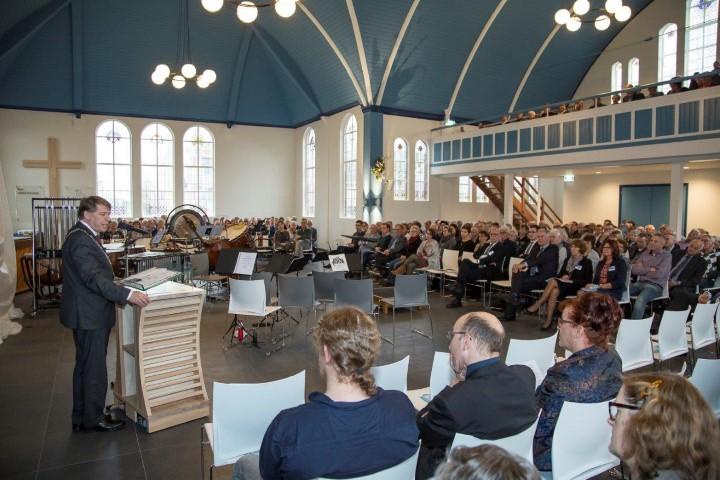Zalencentrum en gerenoveerde kerk feestelijk geopend
