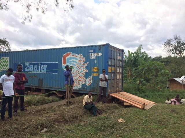 Zeecontainer van Stichting De Zaaier aangekomen in Congo
