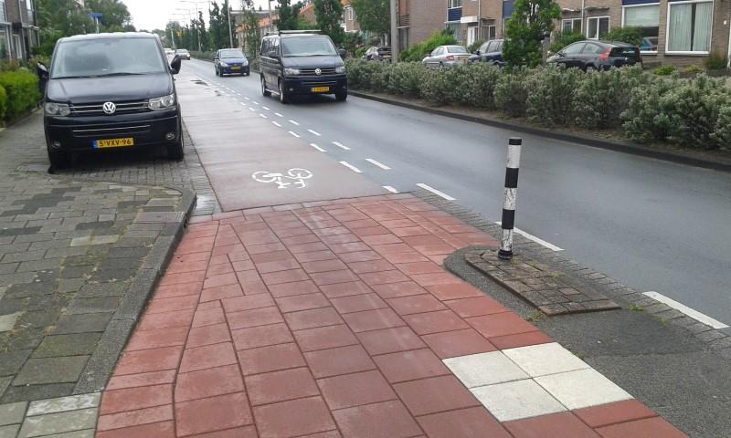 Koningin Julianaweg 's-Gravenzande krijgt nieuw wegdek