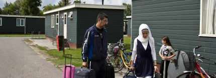 Bijna 60.000 asielzoekers naar Nederland in 2015