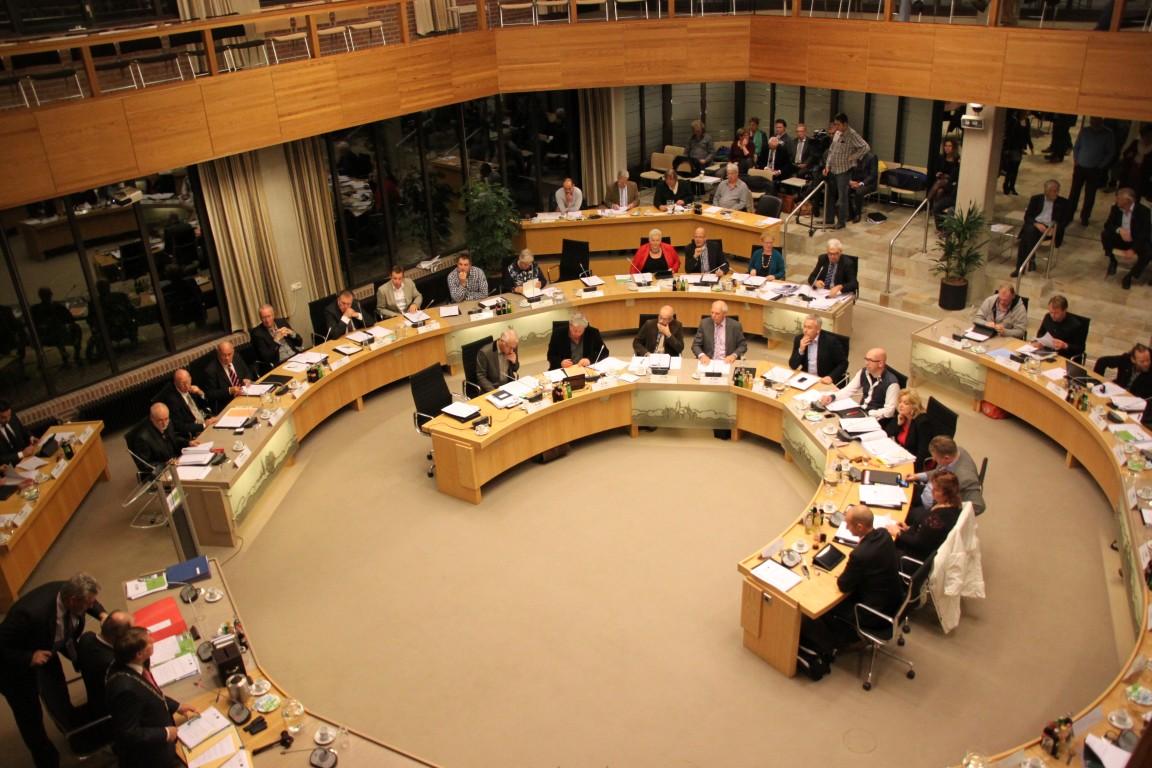 WV; Westlandse inwoners en gemeenteraad voor het blok gezet met vluchtelingen