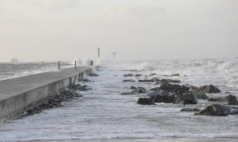 Woensdag stormachtig weer en verhoogde waterstanden