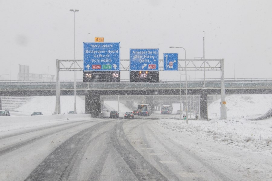 Houd woensdag rekening met sneeuwval en gladheid