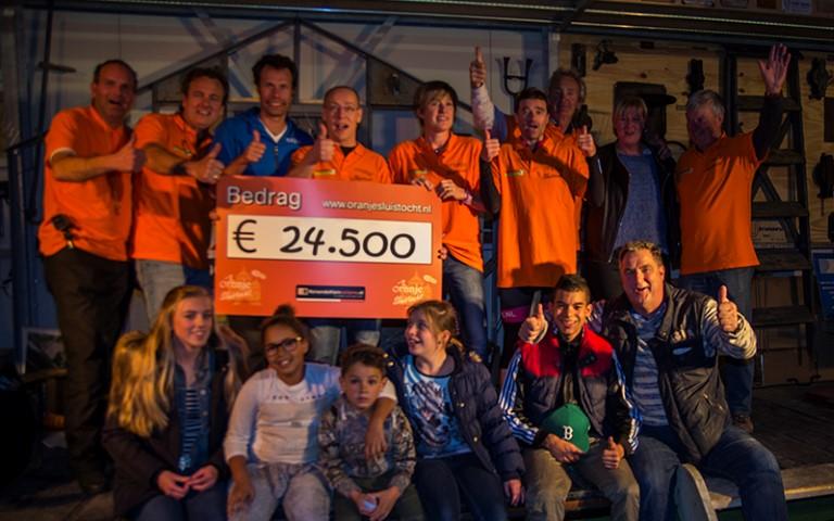 Oranjesluistocht brengt € 24.500 op