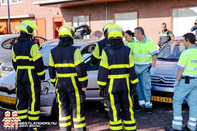 Automobiliste gewond in auto aangetroffen